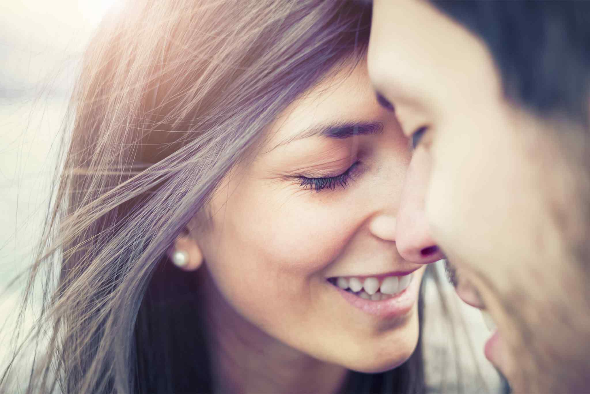 http://mirelasula.com/wp-content/uploads/2018/01/img-class-marriage-01.jpg